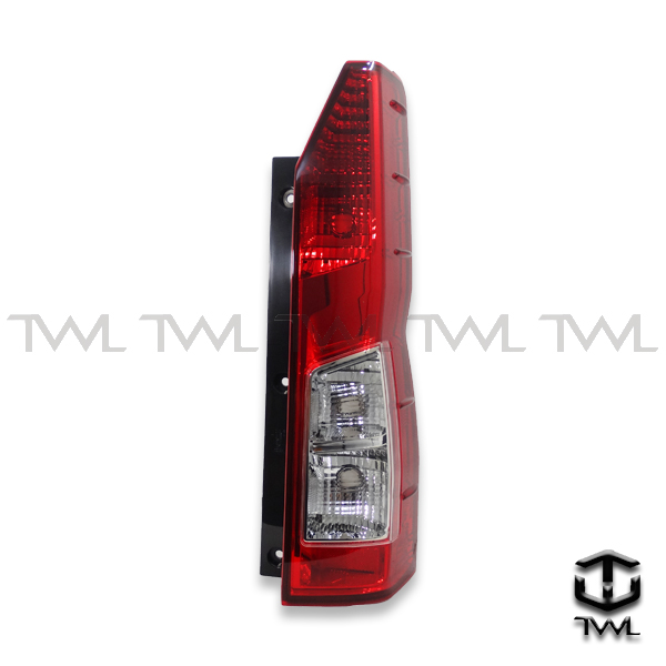 TWL-TOYOTA HIACE-Red and white taillight